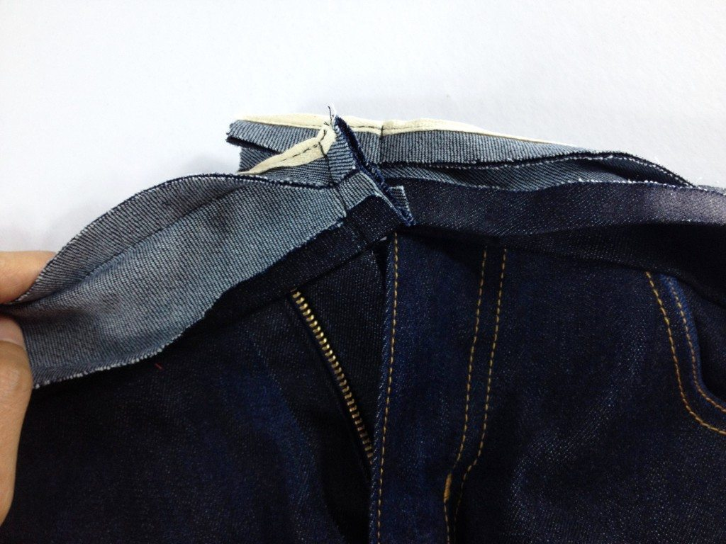 Liana Stretch Jeans Sewalong Day 9 Stitch waistband flush with fly