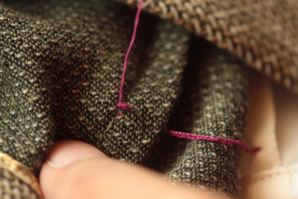 4 Ways to make French Tacks