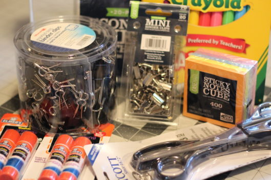 7 Office Supplies You Need In Your Sewing Room