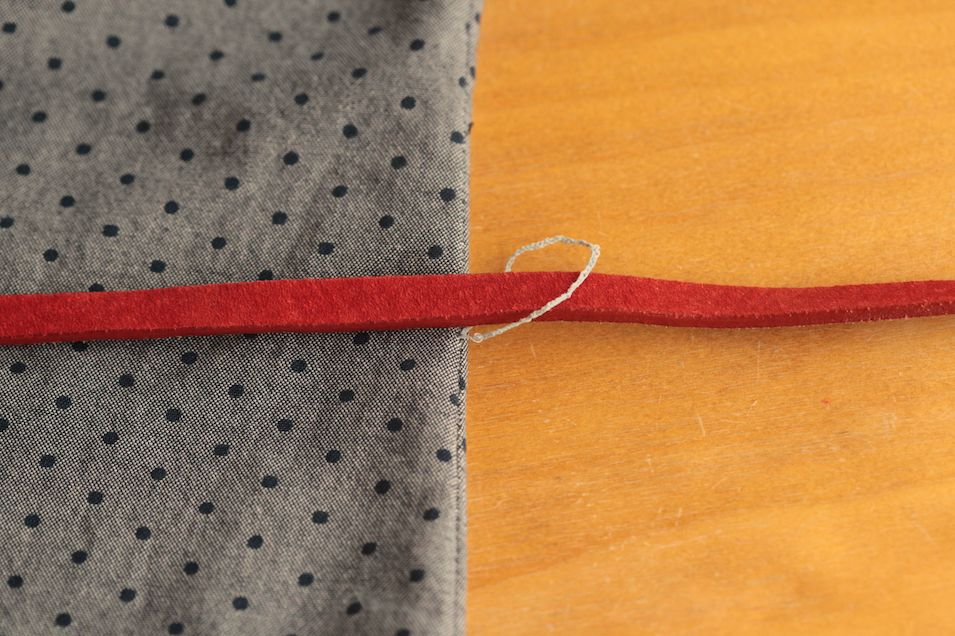 How to make a thread chain carrier