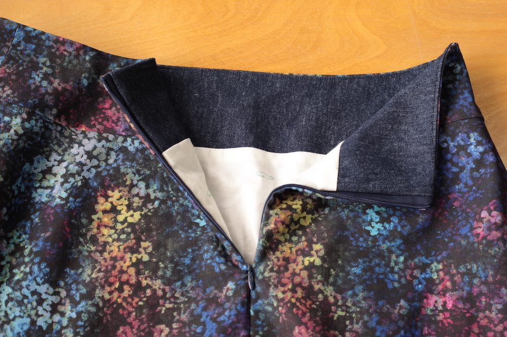 Invisible zipper and lining installation
